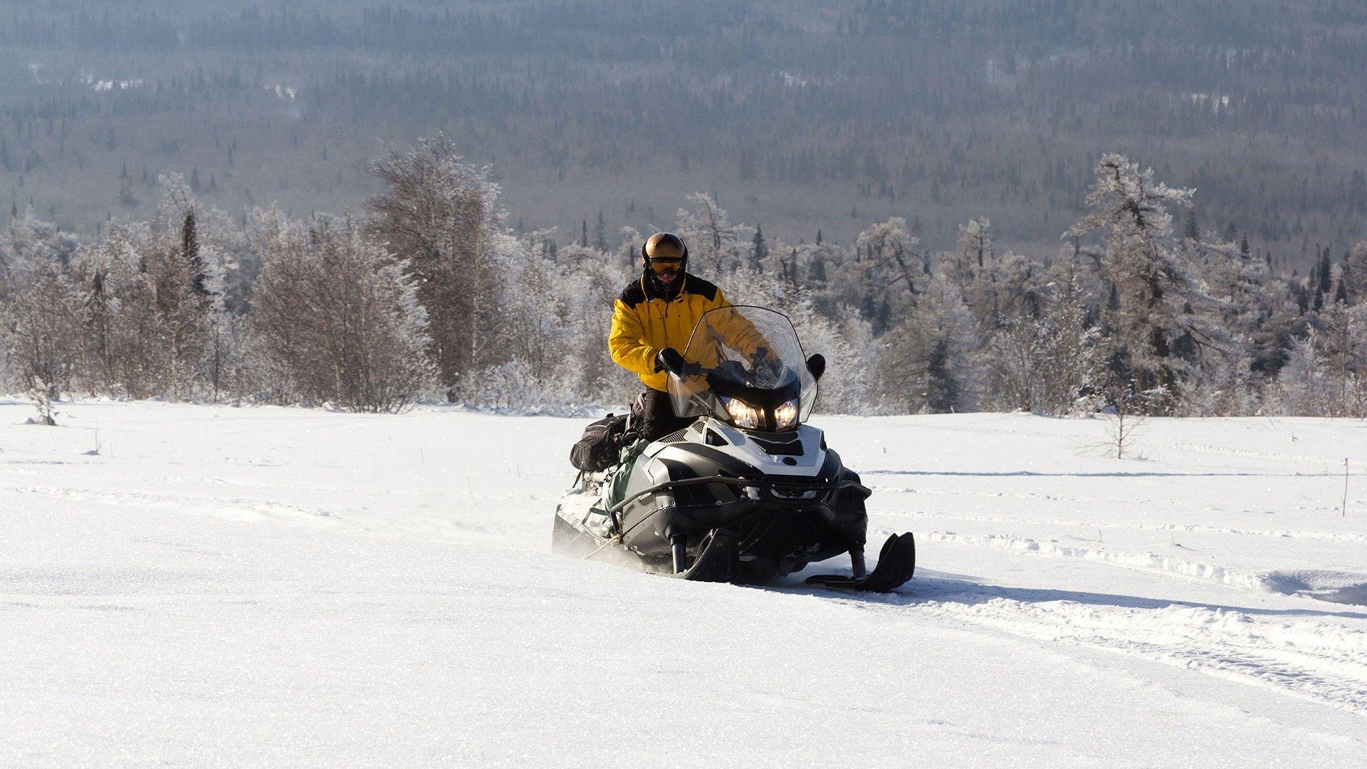 motos-de-nieve